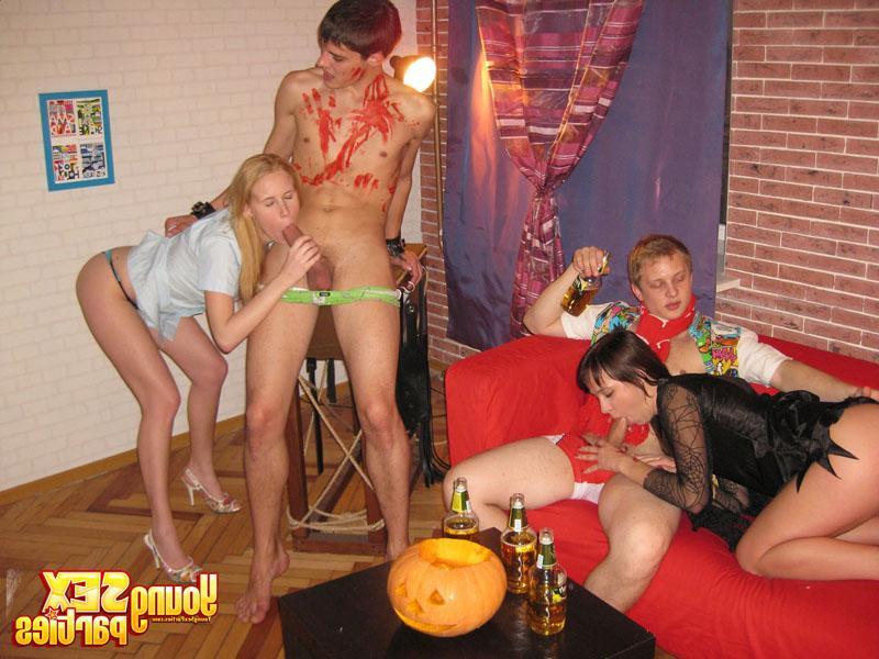 Фото студенты напились эротика