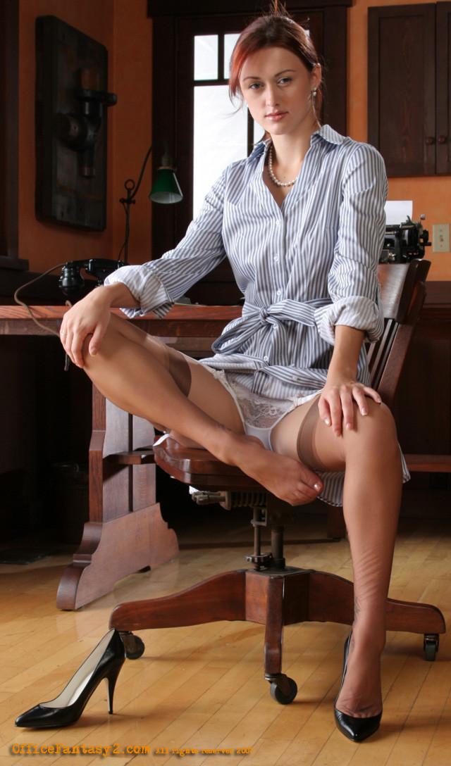 Фото Памела колготках эротика