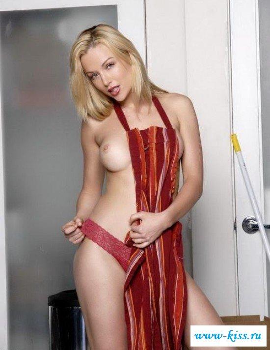 Фото голая уборщица эротика